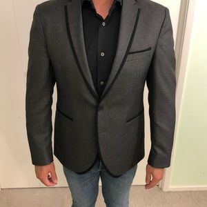Kenneth Cole Suits & Blazers - Kenneth Cole Gray Evening Jacket 38S